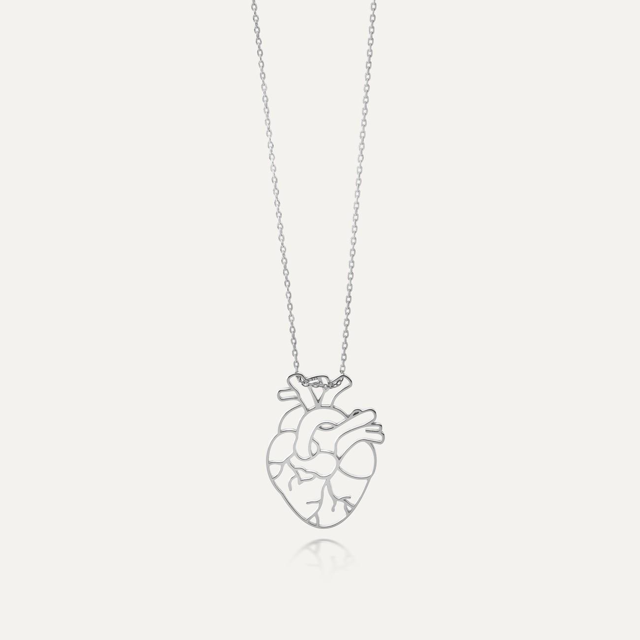 Collar de árbol con corazón plata 925