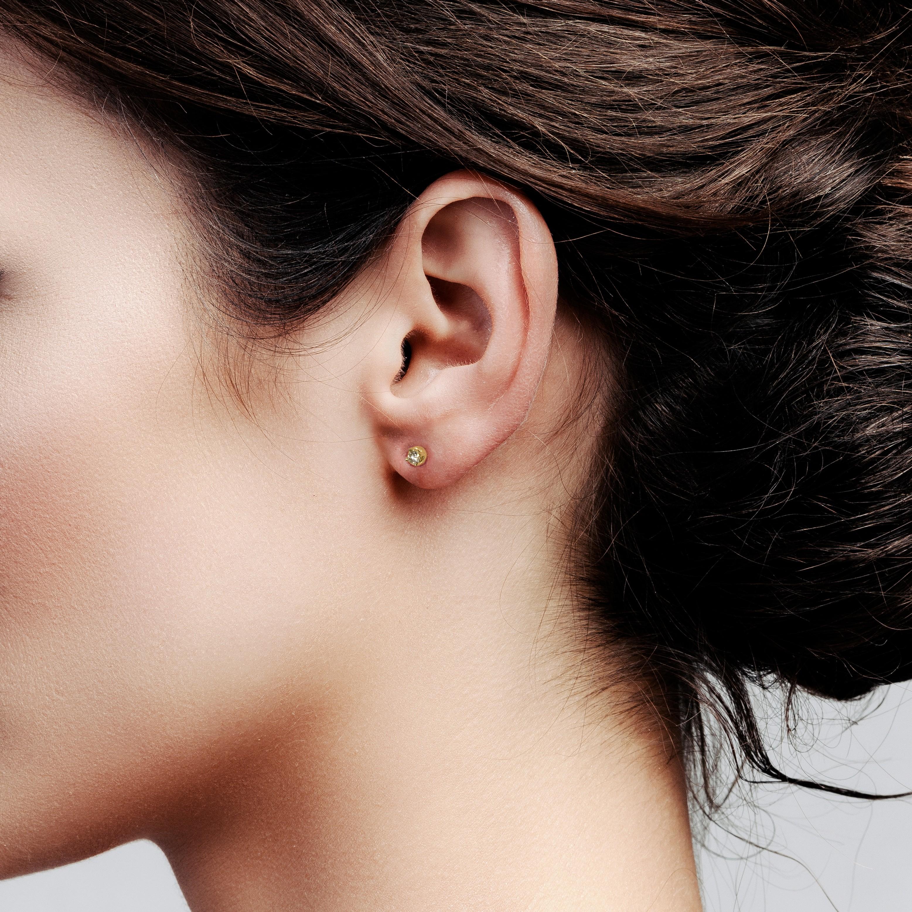 Men's earring 3 mm Swarovski zirconia 925