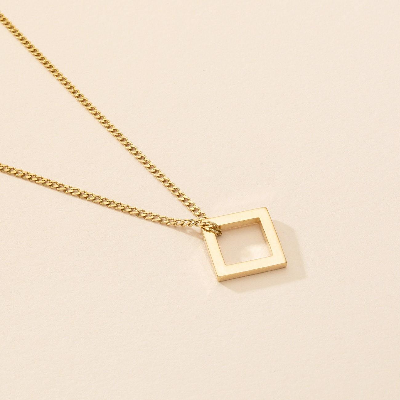 Naszyjnik z kwadratową zawieszką, srebro 925