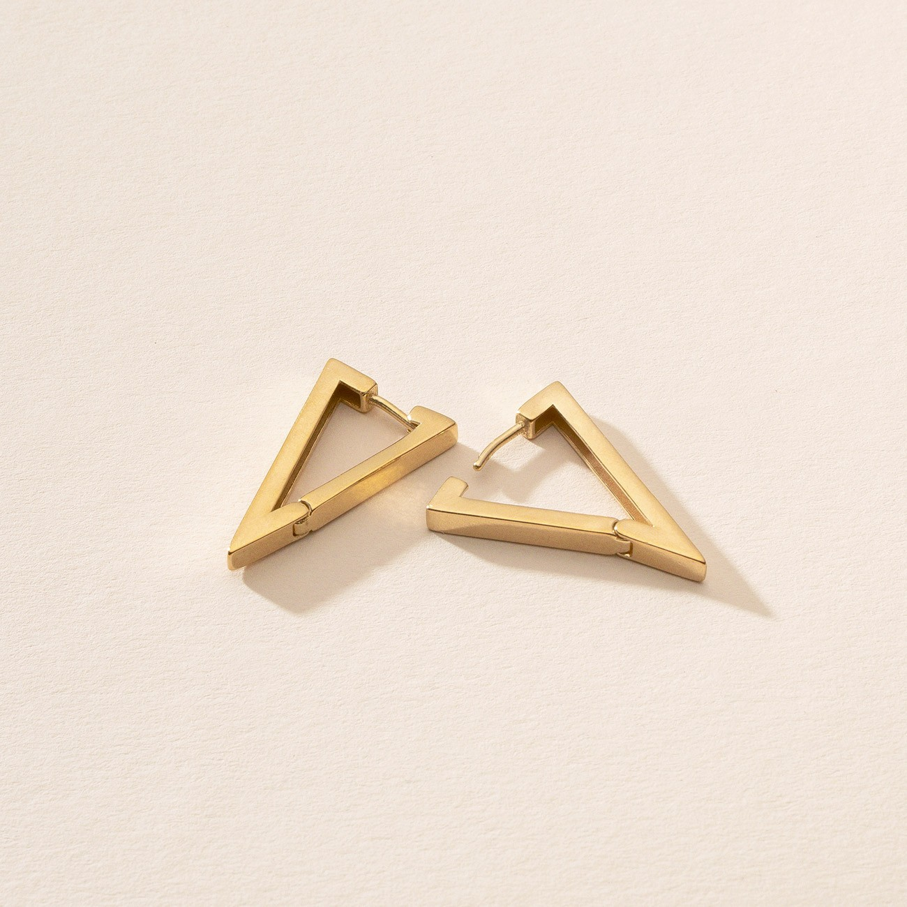 Kolczyki geometryczne trójkąty - duże, srebro 925