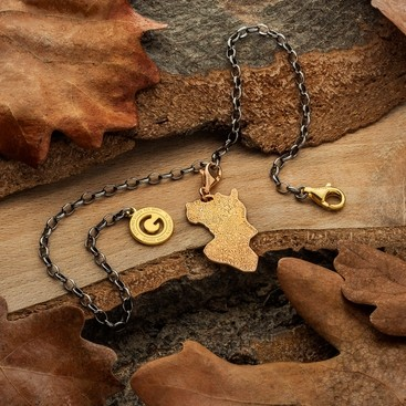 CHARMS 12, OAK LEAF